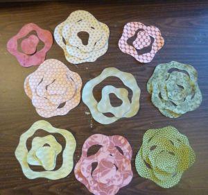 Cut Rose Pieces