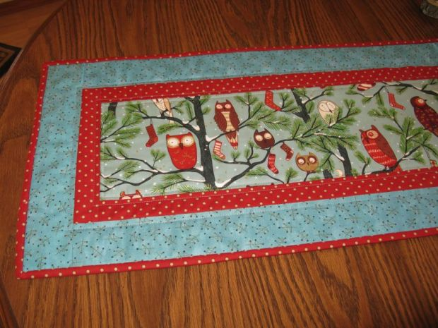 Christmas Table Runner Detail