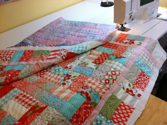 "Machine Quilting 2"" Apart"