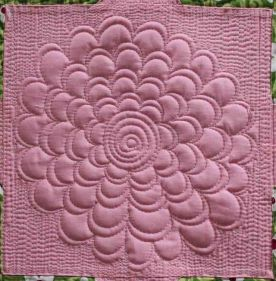 Angela Walters' Flower Quilting