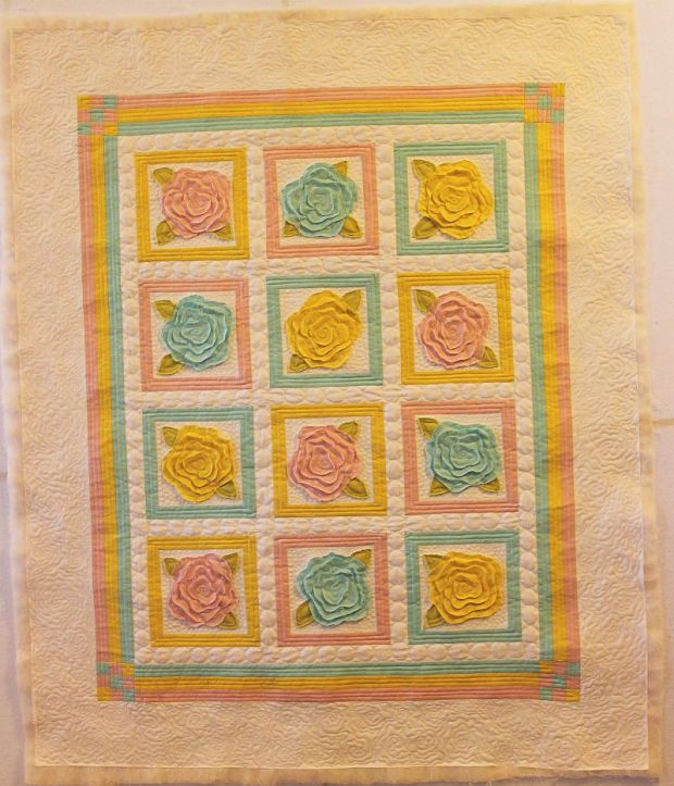 French Rose Buds Quilt