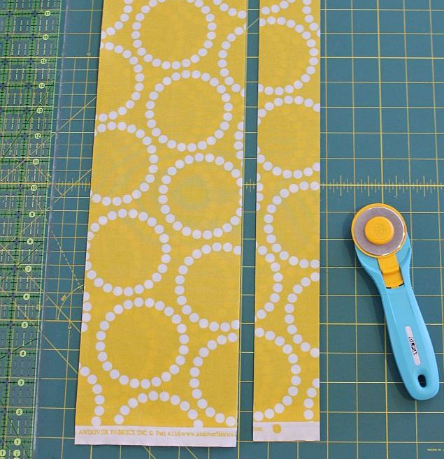 how to cut quilt squares using a rotary cutter
