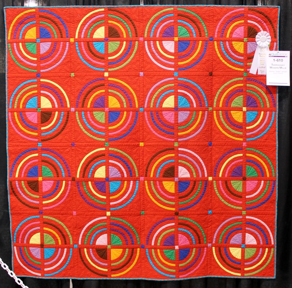 Modern Quilts at AQS Phoenix 2014 – Christa Quilts : images of modern quilts - Adamdwight.com