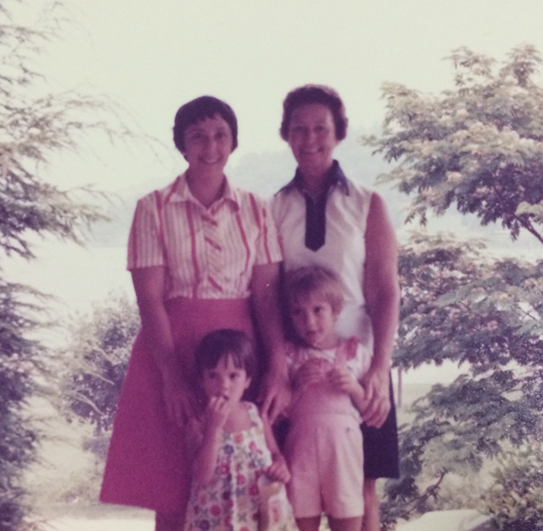 Nana,-Mom,-Laura,-Christa