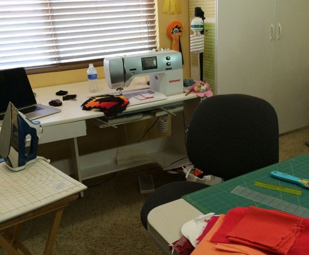 sewing_station