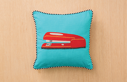 stapler_pillow