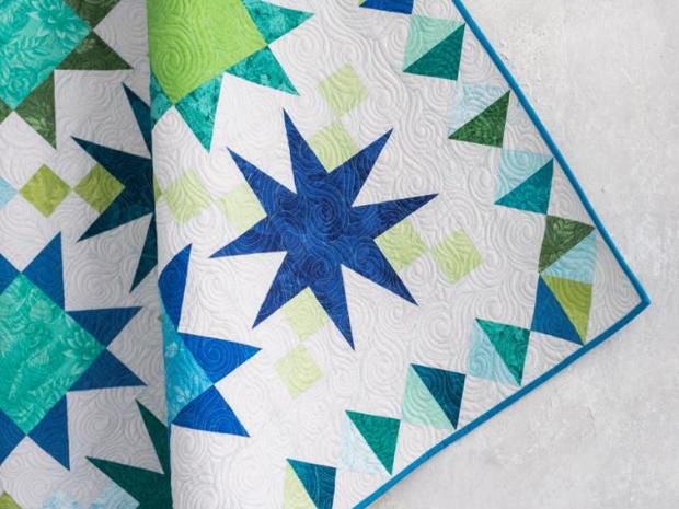 Elongated Swirls quilting by Christa Watson