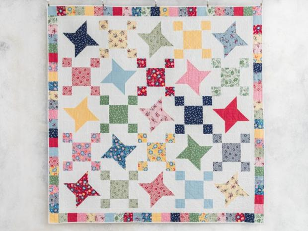 Friendship Stars quilt by Christa Watson