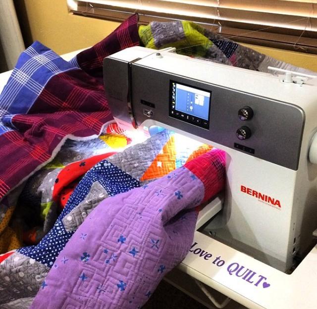 Scrunching and smooshing to machine quilt