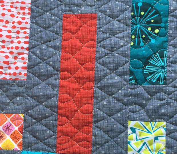 Cursive L's Free-motion quilting