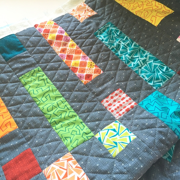 Free motion quilting double zig zags