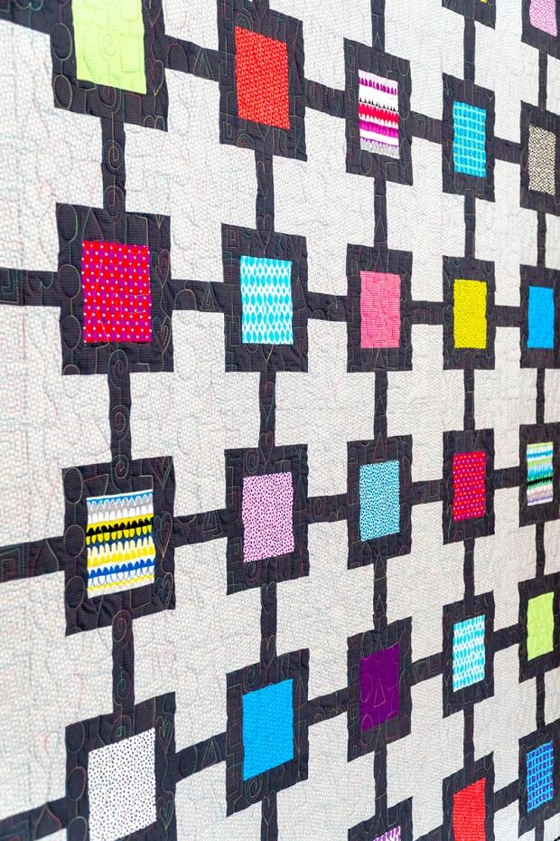 Block Chain quilt by Christa Watson